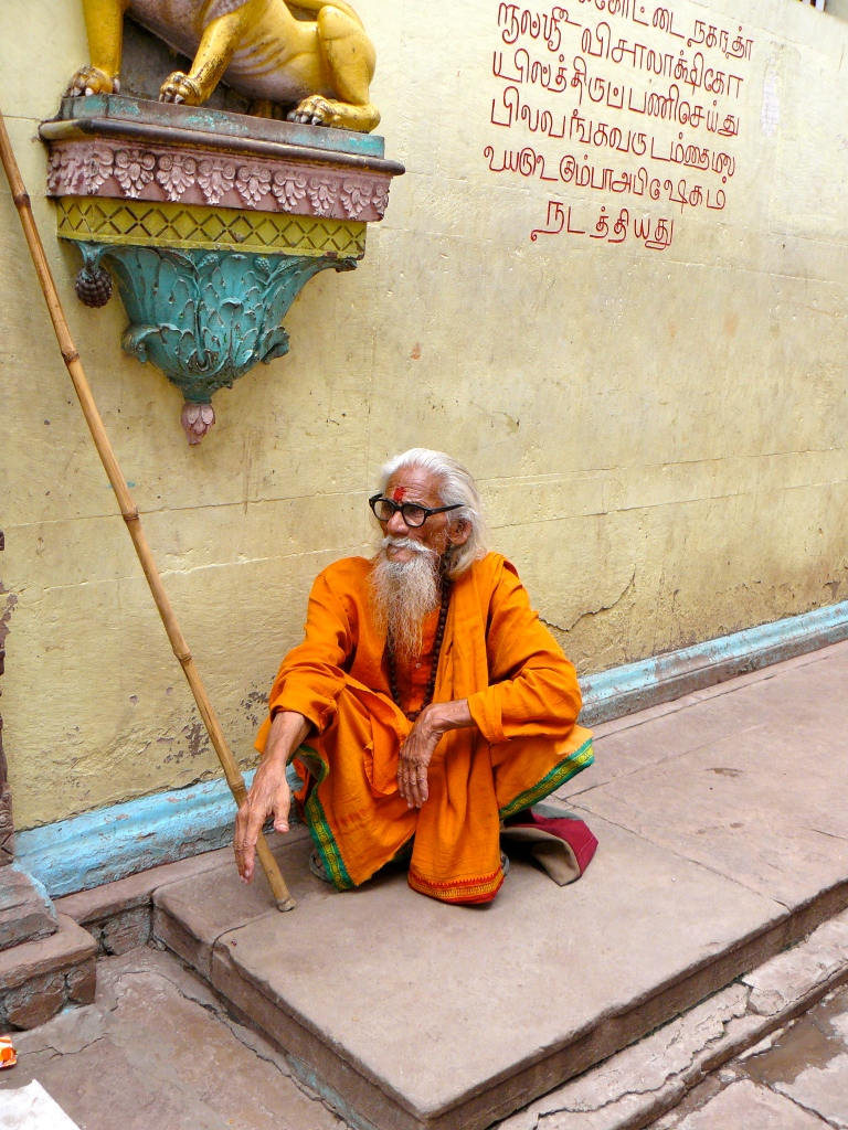 India_Varanasi_White_Beard_Man