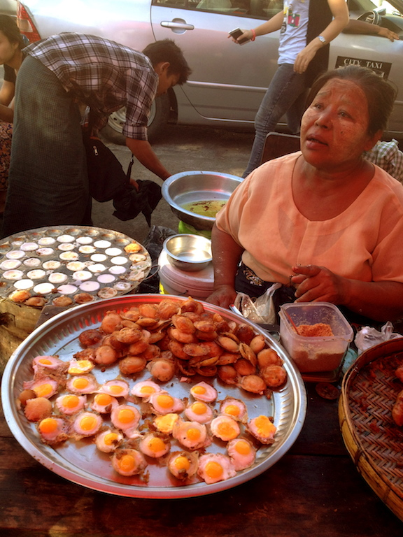 Myanmar_Yangon_street food