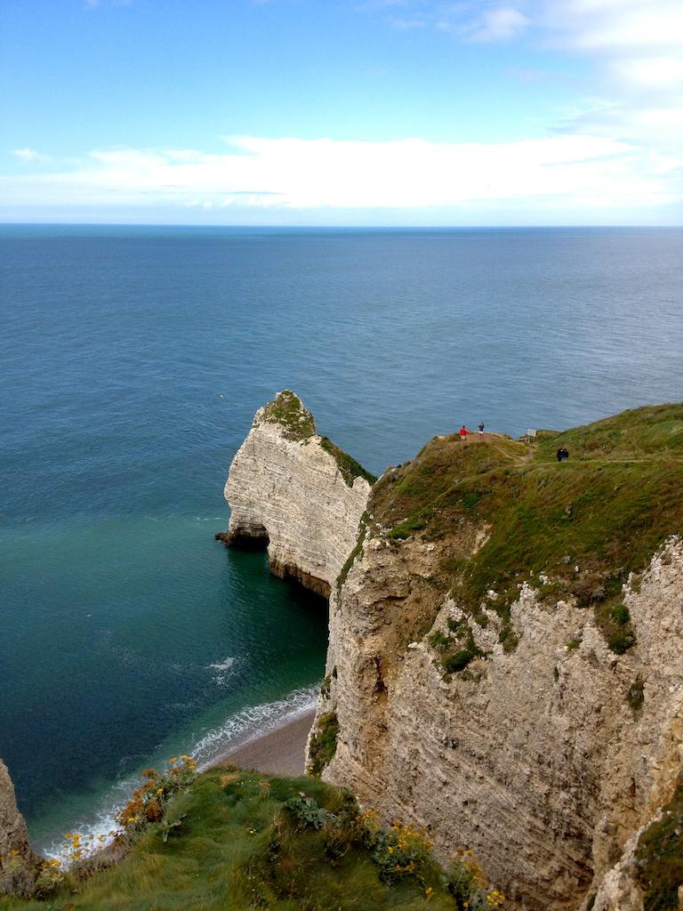 France_Etretat_cliff 2